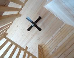 ログハウスの天井写真